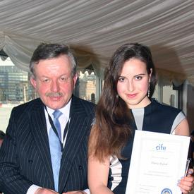 Daria Rybak of Carfax receives 2014 CIFE prize