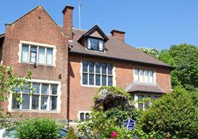 cambridge-tutors-main-building