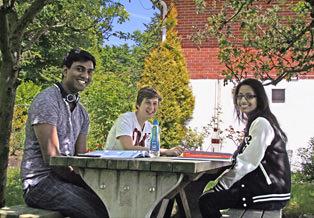 cambridge-tutors-students