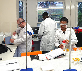 Students working in the LSI labs